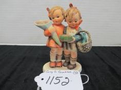 "HUMMEL FIGURINE ""GOING TO GRANDMA'S"" #52/0 4.75"" HAUSMUTTERCHEN WITH OVAL BASE W. GERMANY GREAT CONDITION #hummel #goingtograndmas"