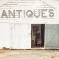 Girls weekends at the Manor House. Antiquing in Sheffield, MA http://manorhouse-norfolk.com/girls-weekends/