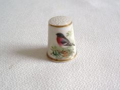 VINTAGE ROYAL WORCESTER PORCELAIN THIMBLE—HAND PAINTED ROBIN DECORATION.. in Pottery, Porcelain & Glass, Collectables | eBay / Oct 27, 2014 / GBP 37.13