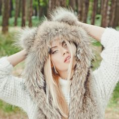 Real wolf fur hat / wolfhat by FurForestfox on Etsy https://www.etsy.com/listing/244910029/real-wolf-fur-hat-wolfhat