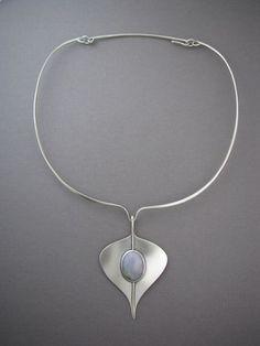 jade_necklace---nice collar design