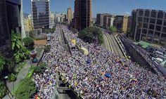 Prisão de 243 estudantes em Caracas aumenta tensão na Venezuela | #DitaduraChavista, #LeandraFelipe, #NicolásMaduro, #SOSVenezuela, #UNASUL, #Venezuela