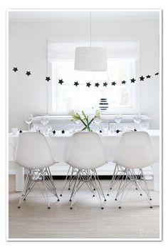 Black Star banner - black & white party?