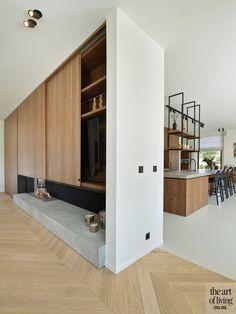 Modern landelijk, de maatwerker, the art of living Industrial Interior Design, Interior Styling, Minimalist Interior, Minimalist Living, Floor Design, House Design, Herringbone Wood Floor, Living Room Goals, Modern Fireplace
