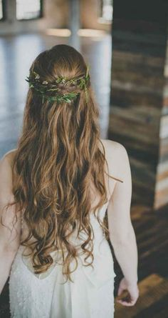 Relaxed, half up-do - An Industrial Style Shoot at Journeyman Distillery | WeddingDay Magazine