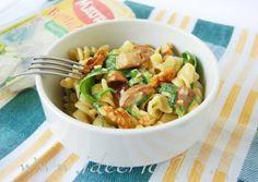 Ricetta Tortiglie napoletane con gorgonzola, funghi, rucola e noci