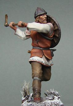 Museo ruso Vityaz Elite (): Viking Warrior Soldado con hacha de guerra en funcionamiento