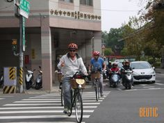 Compared with motorbike, I am in favor of the pleasure of riding a bike in the city . It is the best friend that give each rider every chance to ride in the back lane and tiny street . Tainan is a city with 400 years of history, where there are endless story to tell and to be discovered by the whole-hearted explorer . Get on a bike and ride your exclusive map of the city and experience the most authentic Tainan.