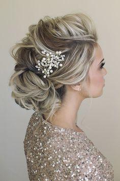 wedding hair accessories #weddinghairstyles