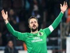 Trabzonspor kalecisi Onur Kıvrak isyan etti ve futbolu bırakmak istediğini söyledi