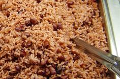 Arroz Congri (Cuban Rice with Red Beans) Cuban Dishes, Food Dishes, Couscous, Arroz Congri, Rice Recipes, Mexican Food Recipes, Quinoa, Pressure Cooker Beans, Gastronomia