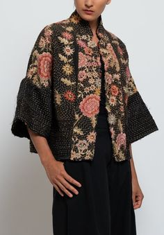 By Walid Piano Shawl Cassie Jacket in Pink/ Black High Fashion Outfits, Chic Outfits, By Walid, Kimono Coat, Boho Summer Outfits, Kimono Design, Party Wear Dresses, Collar Styles, Black Santa