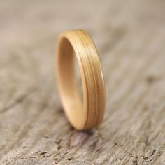 White+Oak+Bentwood+Ring++Handcrafted+Wooden+Ring+by+stoutwoodworks