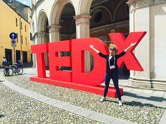 marzia parla di #TEDxPadova su Instagram 'Vai a fare una foto vicino le lettere!' 'No, posso fare di meglio, faccio la X' #tedx #tedxpadova #padova #ted #domaniora #x #me #red #fantasticexperience #instame #instagood #instalike #picoftheday #picture #love #❤️ #like4like