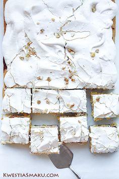 Przepis na ciasto Pani Walewska, zwaną Pychotką Food Photography Lighting, Food Photography Tips, Cake Photography, Sweets Recipes, No Bake Desserts, Delicious Desserts, Cake Recipes, Polish Easter, Polish Recipes
