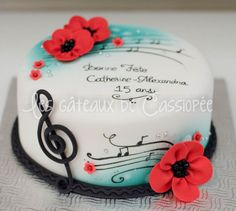 Music cake - Look at the awesome Key!    Red and turquoise birthday cake — Birthday Cake Photos
