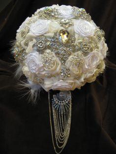 Deposit- Great Gatsby style,vintage bouquet,luxury white brooch bouquet,broach bouquet,bridal bouquet ,bride,wedding decor, feather bouquet