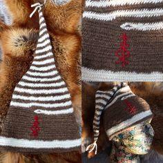 Nålebinding children's hats #etsy#draicraeft#viking #wool #Nålebinding #nålbindning #neulakinnas #kinnasneula #needlebinding #naalbinding #nalbinding #Nadelbindung