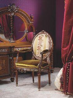 Bedroom in Rococo Style  http://2.bp.blogspot.com/_cJSlFn7VcGA/S0YqAJ9RLFI/AAAAAAAABPM/QTdBM2gCqOM/s400/rococo-style-bed-room.jpg