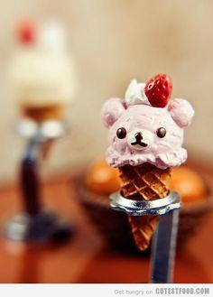 코리락쿠마 딸기 아이스크림