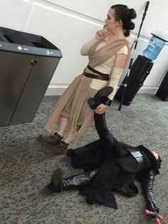 Leia: Rey sweetie put your brother in the trash for me  Rey: okay mom Rey: now which one did mom say