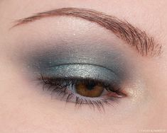 I was feeling a blue #eyeshadow look on this day so I ended up creating this halo eye with the #NYX Ultimate Utopia Palette. Blue Eyeshadow Looks, Beauty Review, Nyx, Halo, Makeup Looks, That Look, Make Up, Palette, Coffee