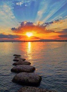 Inspiration For Landscape photography Picture Description sunset Amazing Sunsets, Amazing Nature, Beautiful World, Beautiful Places, Landscape Photography, Nature Photography, Beautiful Sunrise, Belleza Natural, Belle Photo