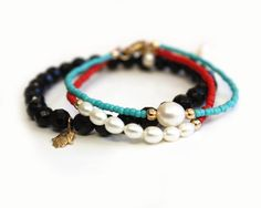 LOYALTY Friendship bracelet layering bracelet von WinkJewellery