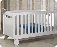 Lit bébé évolutif (350€ en promo)