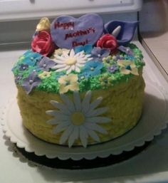 Mother's Day cake with fondant flowers
