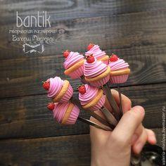 Ложки ручной работы. Ярмарка Мастеров - ручная работа. Купить Вкусные ложки из полимерной глины розовый капкейк с малиной. Handmade.