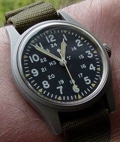 Vintage Hamilton GG-W-113 military watch