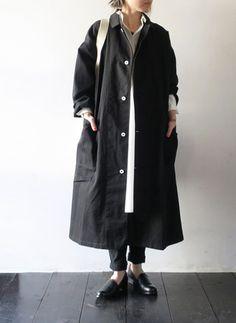 Yarmoヤーモラボコート【メンズ】【レディース】LABCOATヤーモコートロングコートyar-17ss-co8【2017春夏】【送料無料】 Japanese Street Fashion, Korean Fashion, Fashion Pants, Fashion Outfits, Womens Fashion, Ny Style, Edgy Outfits, School Fashion, Modest Fashion