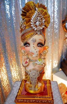 Shri Ganesh Images, Ganesha Pictures, Radha Krishna Pictures, Ganesh Chaturthi Decoration, Happy Ganesh Chaturthi Images, Ganesh Idol, Ganesha Art, Ganesh Lord, Jai Ganesh