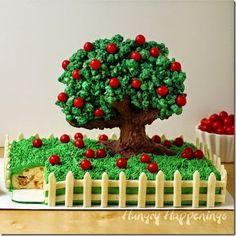 Amazing Fall Apple Cake for Kids! #fall #yummy #recipe