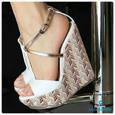We will present several shoes that will be the trends for this year, we will all try to get one of these ! Strappy Wedge Heels, Hot Heels, Wedge Shoes, Cute Shoes, Me Too Shoes, Zapatos Shoes, Crazy Shoes, Beautiful Shoes, Baskets