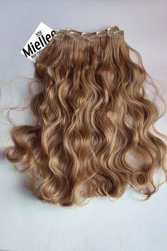 Caramel Blonde Clip Ins - Beach Wave - Remy Human Hair Blonde Hair Extensions, Clip In Extensions, Thin Hair, Wavy Hair, Caramel Blonde Hair, Medium Hair Styles, Long Hair Styles, Free Hair, Beach Waves