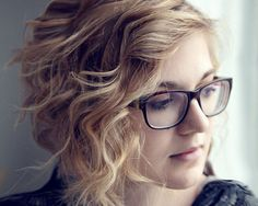 curly blonde hair 30 Majestic Hairstyles For Short Curly Hair