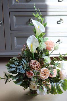 Florists, Artificial Flowers, Funeral, Floral Wreath, Diy, Wreaths, Fake Flowers, Floral Crown, Bricolage