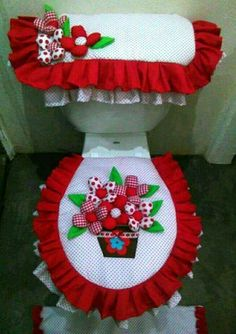 Crochet ideas that you'll love Christmas Crafts, Christmas Decorations, Holiday Decor, Sewing Projects, Projects To Try, Diy And Crafts, Arts And Crafts, Bathroom Crafts, Quilts
