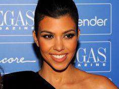 Kourtney Kardashian est enceinte d'une petite fille :  http://www.gossiponline.fr/people/article-1610-kourtney-kardashian-enceinte-dune-petite-fille.html