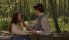 """""""Cuando te enamoras dos veces de la misma persona, es porque en la segunda vez, sólo te enamoraste de los recuerdos."""""""
