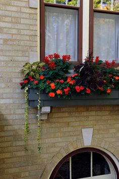 1000 Images About Planters Window Boxes On Pinterest