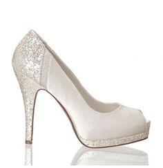 Para que la novia brille a cada paso, unos zapatos como estos