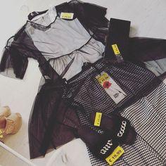 Black spring outfit #scusatevorreiunoutfit #spazioliberodresses #apertodalle10alle19e30