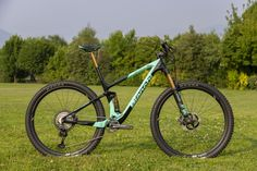 The New Bianchi Methanol CV FS Mountain Bike Rips in With XC and Trail Builds - Singletracks Mountain Bike News Moutain Bike, Mountain Biking, Bianchi Methanol, Bike News, Cool Gear, Bike Design, Grand Tour, Trail, Black And Grey