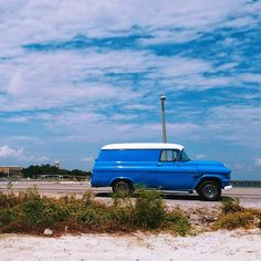 #tbt to a day at the beach. Reminds me I haven't been to the #msgulfcoast in a while.  #blueskies #bluecar  #beachlife #classiccars #cruiser #igersmississippi #visitmsgulfcoast #travelgram #mscoastlife #travelphotography #beach #mississippi_gram #discovermississippi #mississippimagazine #igersmiss #igers #my_365_two_tone by notrex