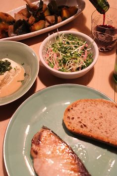 dinner on Sun. 15 Feb. 2015: grilled yellow tail, braised pumpkin & Kon'nyaku with kelp, tofu with sesame sauce & Shiso, pickled red radish & Dakikon sprouts, pain de campagne, red wine, caciocavallo from Hokkaido, then green tea