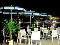 Hoth in an open air cafè in Imola  #hothchair #ibebi #design #projects
