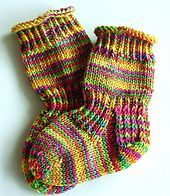 Stricken Baby-Socks pattern by Socks Street, Knitting For Kids, Baby Knitting Patterns, Knitting Socks, Baby Patterns, Knitting Tutorials, Free Knitting, Knitting Projects, Stitch Patterns, Shoes